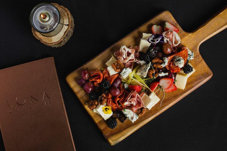 saskatchewan's-top-restaurants-luna