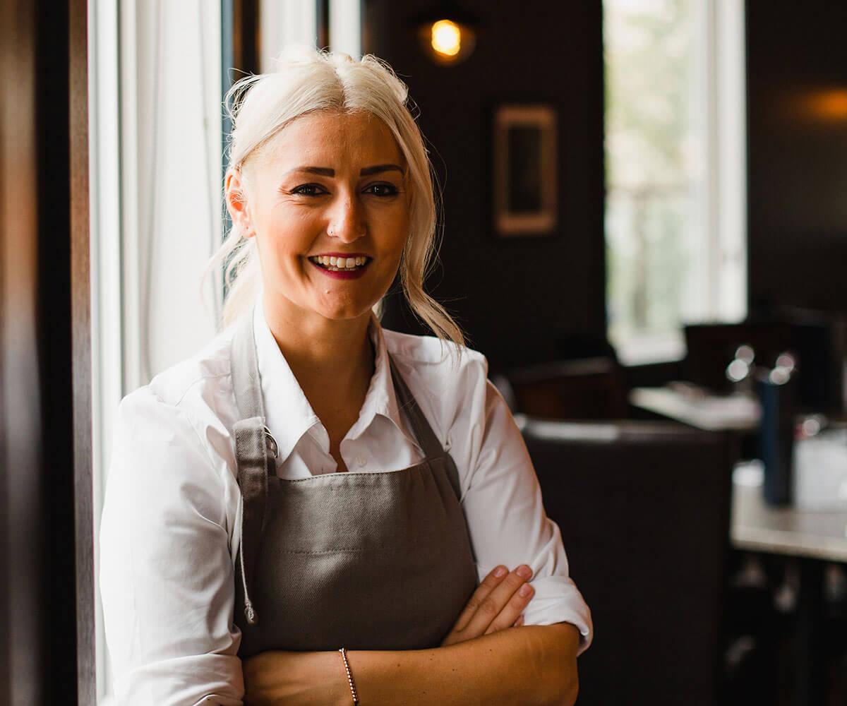 saskatchewans-top-restaurants-luna-chef-niki-haritos