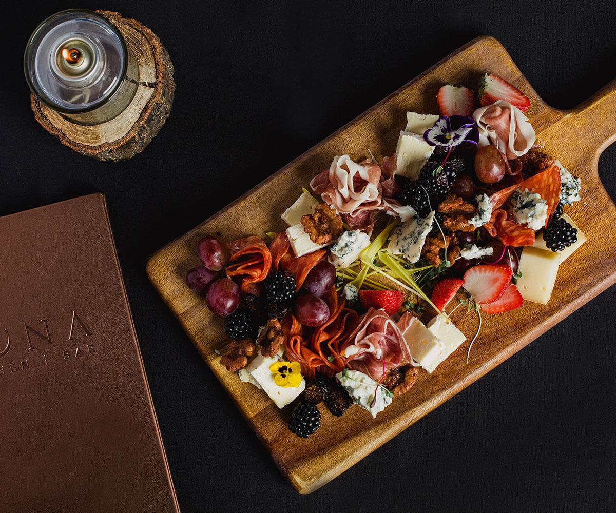 luna-restaurant-charcuterie-board