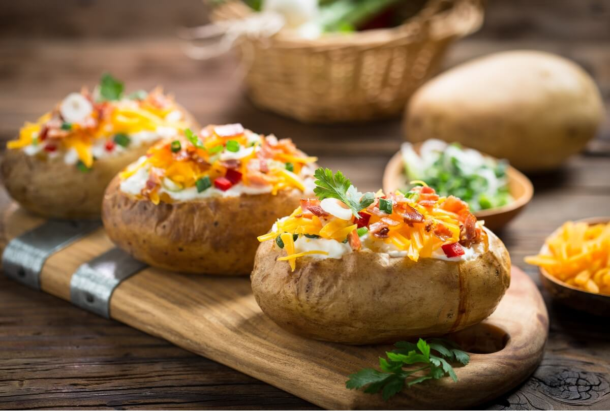 baked potatoes with dressing are a beginner recipe for air fryers