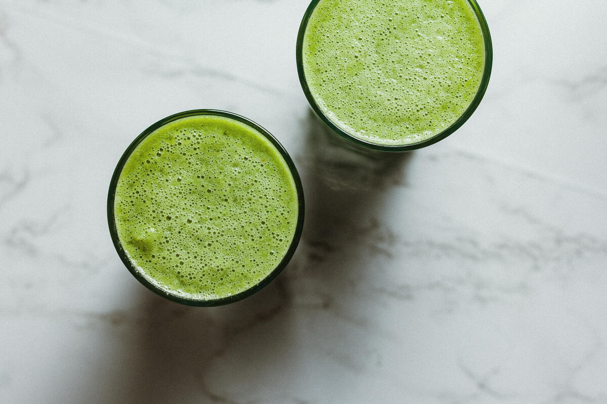 2 glasses of juiced greens