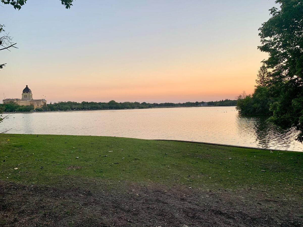 Wascana Lake and the Legislature in Regina, accessible by man Regina walking paths
