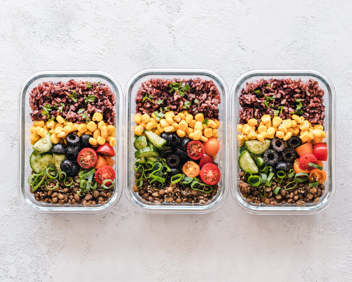3 bowls of pre-prepared vegetarian meals are a great idea for healthy eating tips