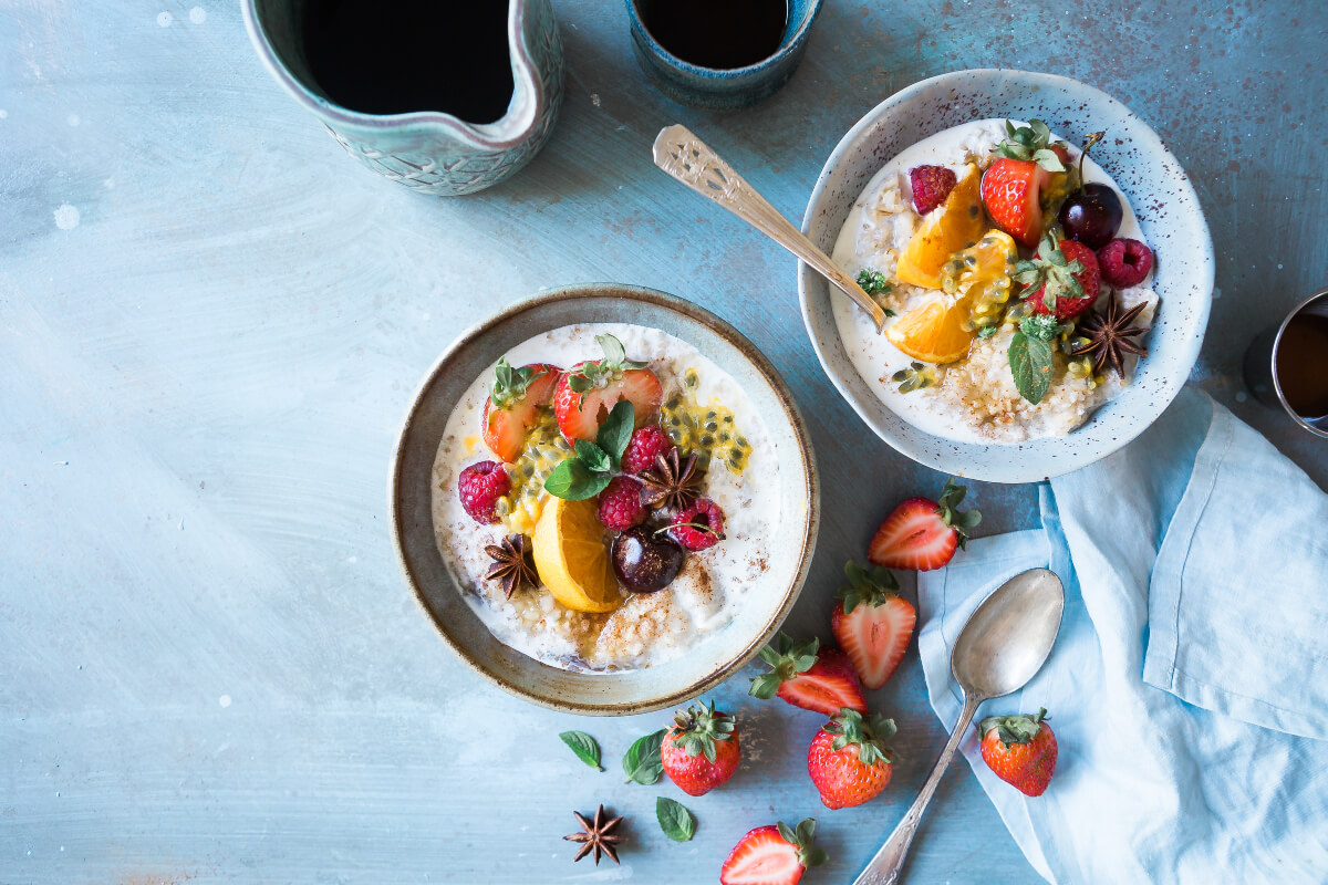 Healthy breakfast bowls with fruit