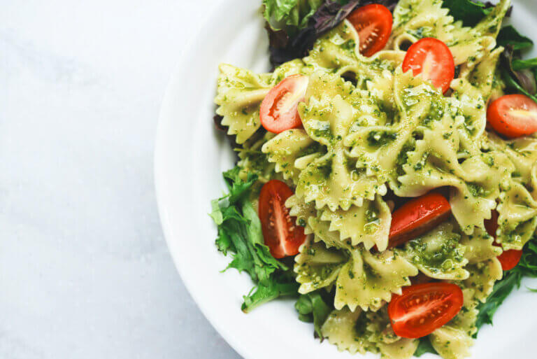 Healthy pasta dish with veggies